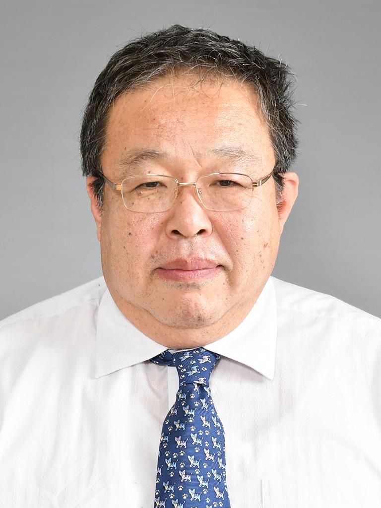 理事 三輪谷博史